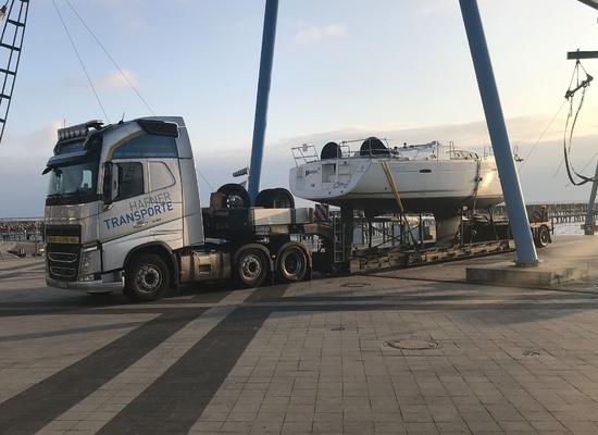Segelboottransport durch ganz Europa | Hafner Transporte